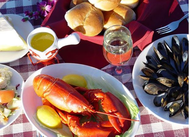 Best spots to eat on Prince Edward Island according to Canadian Living.
