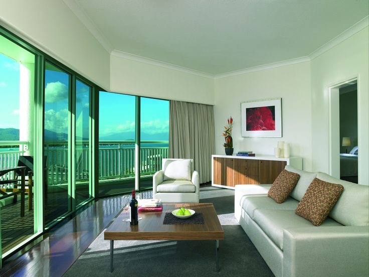 One Bedroom Suite @ Shangri-La Hotel, The Marina, Cairns