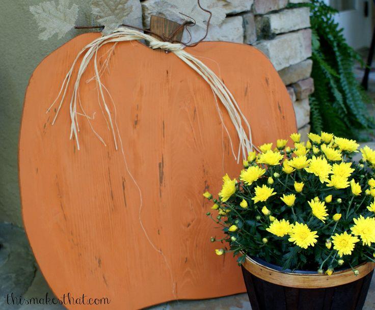 DIY-rustic wooden pumpkin thismakesthat.com