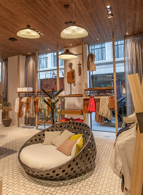 Voilà our new Esprit Lighthouse Concept Store on the Meir, Antwerp/Belgium
