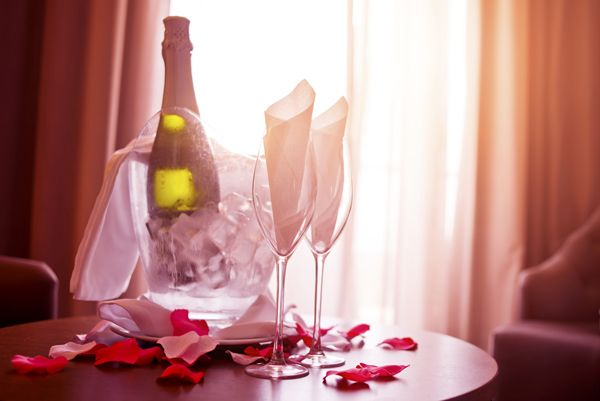 valentines cheap hotel deals
