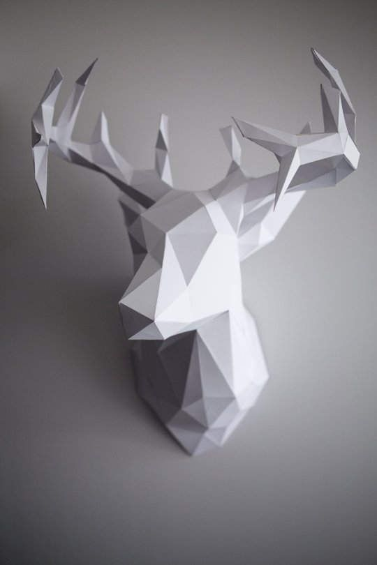 DIY template for creating a 3D model of a deer head to use as a wall decoration.  +GIFT SIMPLE DIAMOND TAMPLATE. (JPEG file) but you can easy print it You need: a printer, cardstock paper , utility knife or scissors and glue.
