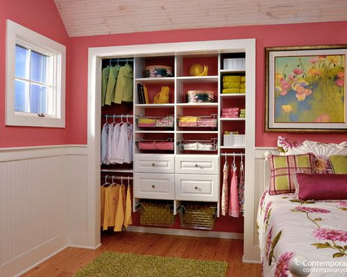 I love how they did the closet.  I could get rid of my tacky accordion doors, though I would never keep it organized enough to stay open like this.