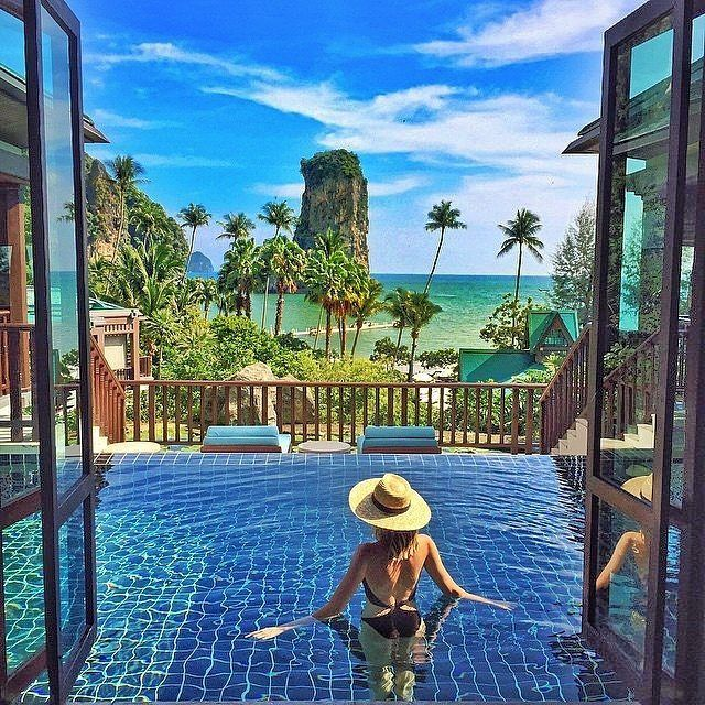 Infinity pools are the best resort additions!  #paradise #suplife…