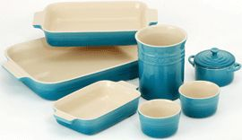 Le Creuset bakeware set in teal...I want it......NOW!!