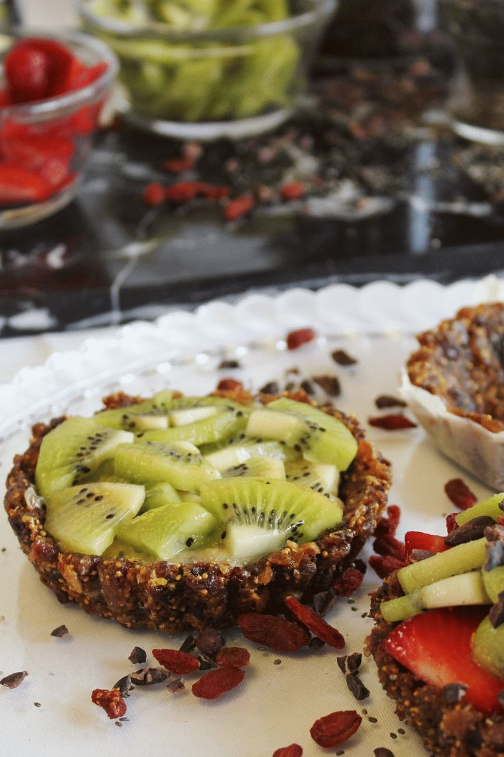 This Rawsome Vegan Life: just the bare fruit tarts