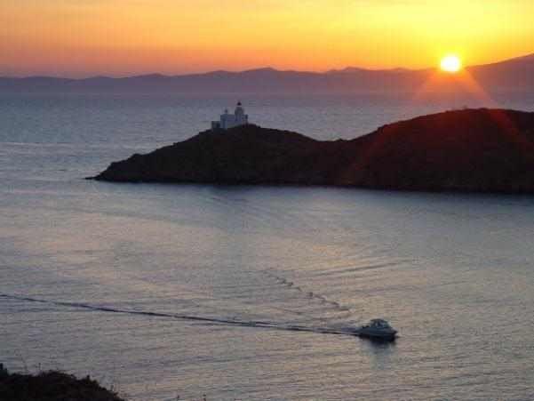 ΦΑΡΟΣ ΑΓ.ΝΙΚΟΛΑΟΥ (ΚΕΑ) – LIGHTHOUSE AGIOS NIKOLAOS (KEA ISL)