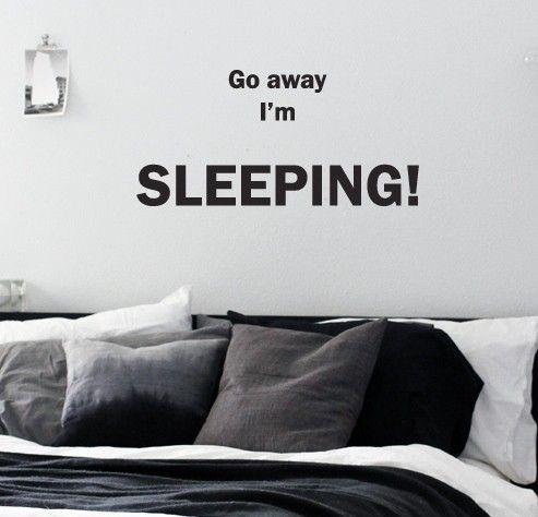 Stilig og humoristisk veggord / wallsticker fra www.romglede.no.