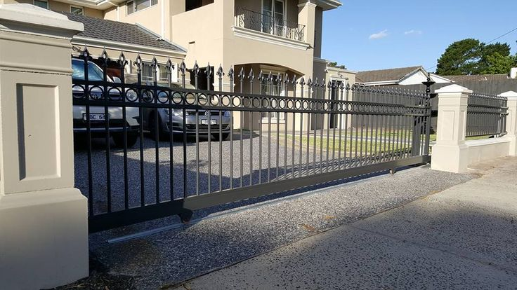 Kontis Fencing & Automatic Gates offers an excellent range of chain link fencing in the Melbourne area. We serve both domestic and commercial properties. Give us a call today. #FencingMelbourne #AutomaticSlidingGatesMelbourne #RemoteGatesMelbourne