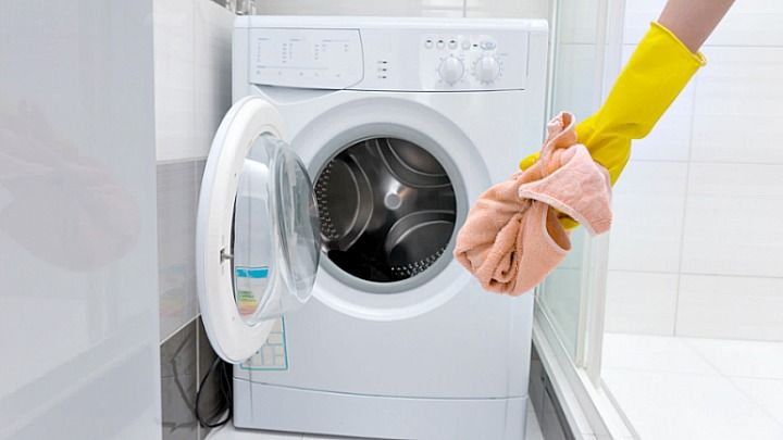 Clean your front loading washing machine like this