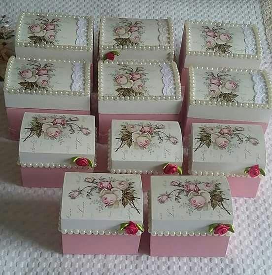 Las 25 mejores ideas sobre cajas decoradas en pinterest - Cajas de madera decorativas ...