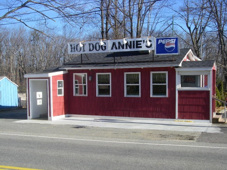 Hot Dog Annie's in Leicester, MA. - Yum, I must admit I've eaten a few of these hot dogs - delicious -