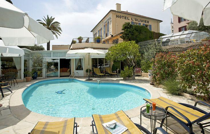 Piscine de l'hôtel l'Olivier à Cannes, hôtel 3 étoiles
