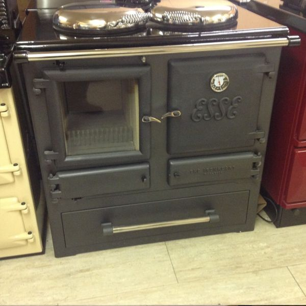 Product Description Product and serial number: Ironheart – serial number to be advised Ex display multifuel Ironheart with pan drawer and black enamelled top Company Name:Hutchesons of Portsoy Street:27 Seafield Terrace Town: Portsoy County:Aberdeenshire Postal Code:AB45 2QB Telephone:01261842396 Website:www.hutchesonsofportsoy.co.uk Email:enquiries@hutchesonsofportsoy.co.uk