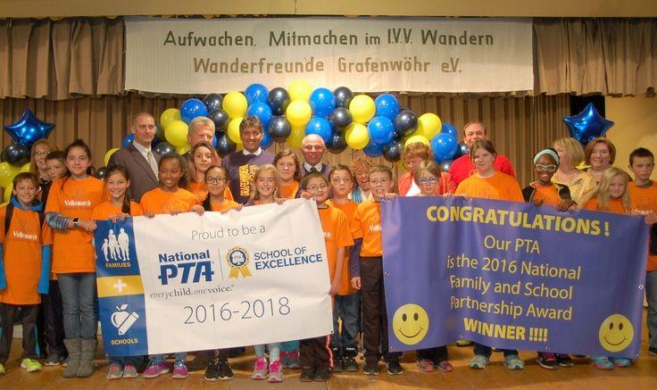 Auszeichnung of Excellence für PTA Weltweit die beste Elternvereinigung  Der Neue Tag, Weiden 10/17/2016