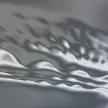 Light waves vibrate. Empty on vibration Collection by Françoise Zia to see on https://www.saatchiart.com/artistezia