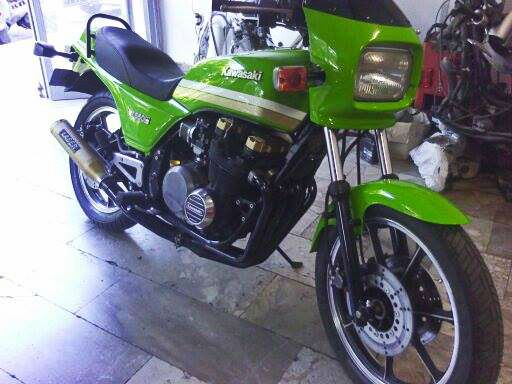 #restored #kawasaki #motorcycle https://www.facebook.com/biketherapypatras and http://www.biketherapypatras.gr/