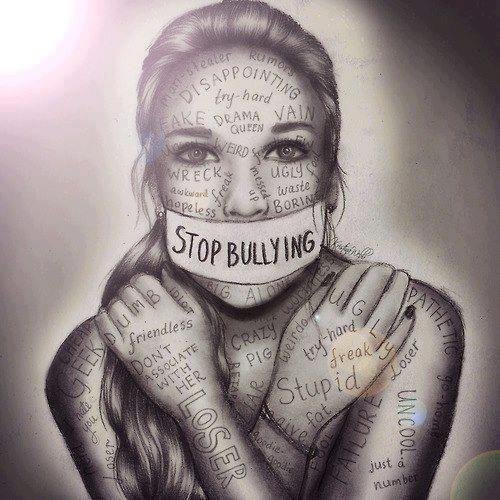 STOP BULLYING   A esa persona que le dices que es gorda,estupida,flaca,etc.No sabes el daño que le estas provocando ella es humana como tu.