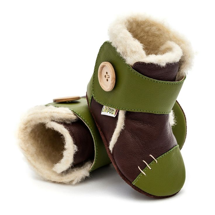 http://www.liliputibabycarriers.com/soft-leather-baby-boots/soft-soled-booties-snowflake-brown