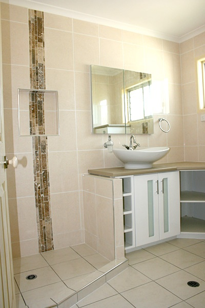 Beautiful Bathroom Feature Tiles