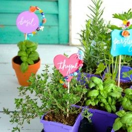 Make Your Garden The Jewel Of The Neighborhood! Grab Some Of Your Favorite  Beads And DIY Some Bold, Bright Stakes. The Pokes Are Made Of Chalkboard,  ...