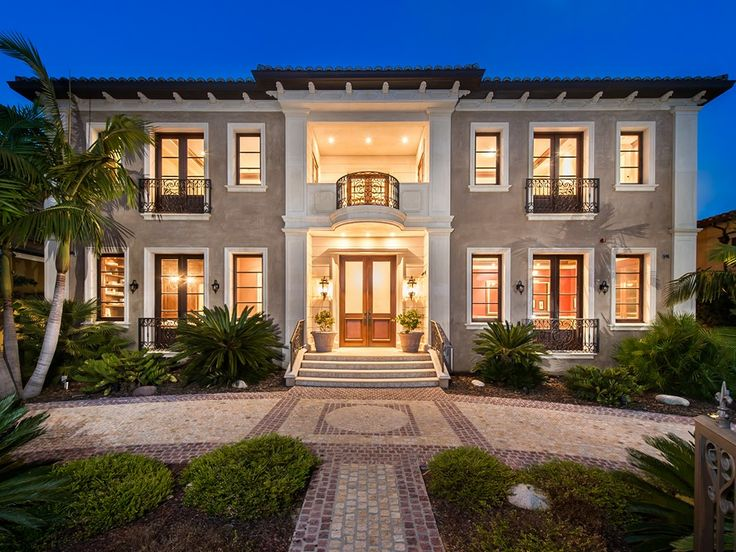 Lush gardens, a grand entrance hall and complete privacy are all features  of this new Beverly Hills Home. 614 N. Palm Drive | Beverly Hills |  Pinterest ...