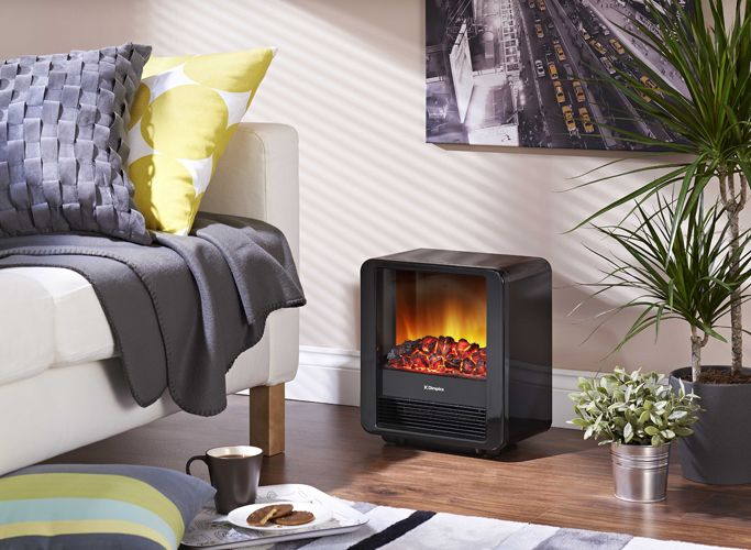 The Mini Cube 1.5kW Portable Electric Fire with Optiflame coal effect in piano black finish has 2 heat settings. And you can use the realistic flames independently of the heat!