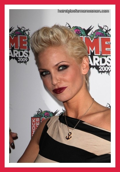Short Hair   Pompadour #hairstyles #trends #blonde #paulmitchellschools #pmtsmichigan