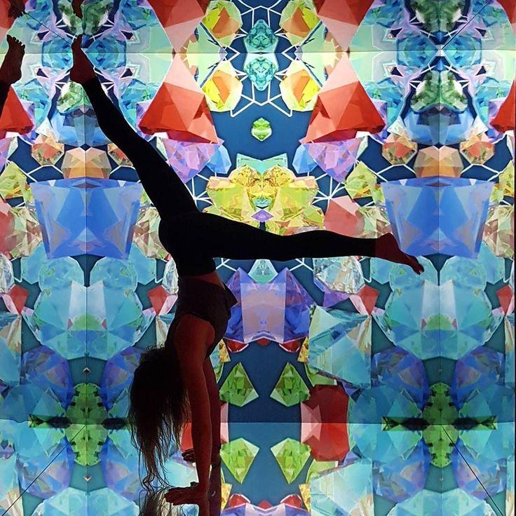 #leadinluon #infinitymirrors #yoga #lululemon