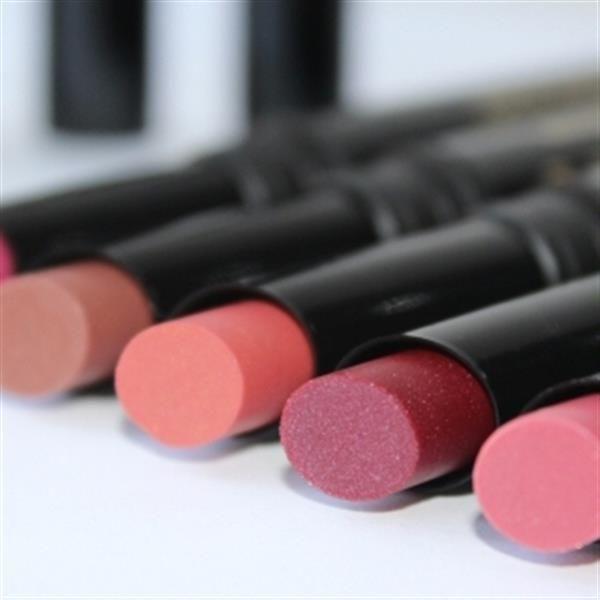 Dr. Hauschka lipsticks. Love 'em! by BeautyNL