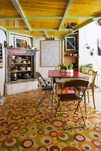 House Fausto - painted floor!