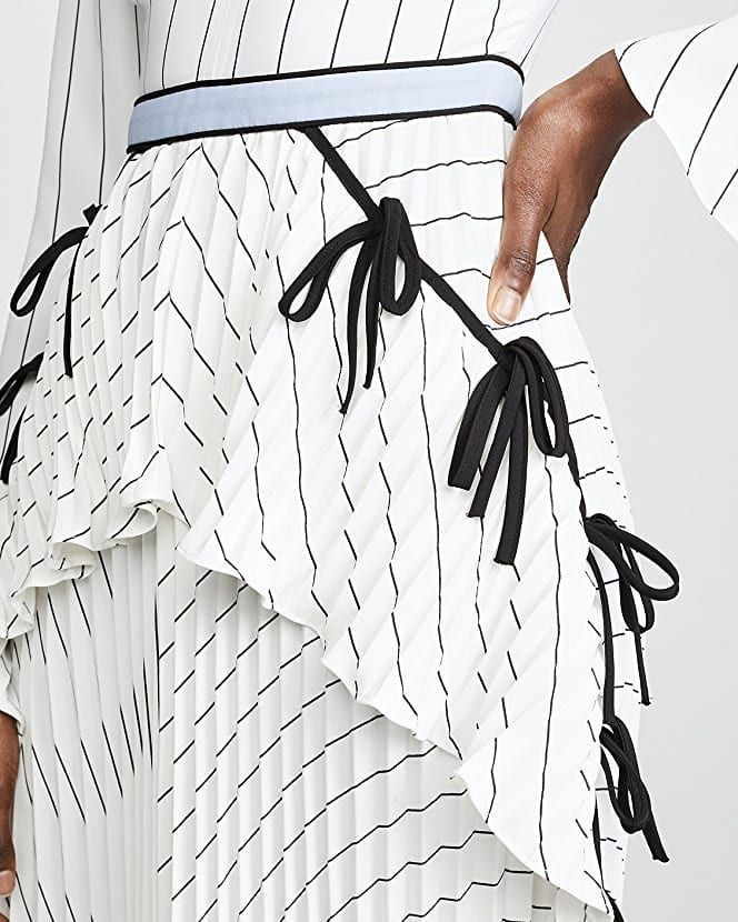8aba77c58c9f5 Self-Portrait Monochrome Stripe Dress #angelarye #selfportrait #snobqueens # fashion #style