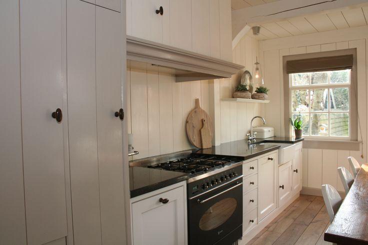 Mooie landelijke keuken. Styling en woningfotografie MIJNverkoopstyliste.nl