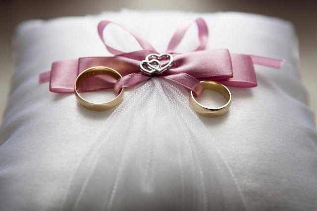 افكار هدايا للزوج لذكري الزواج لو محتارة تجيبيله ايه In 2020 Wedding Advice Wedding Tips Wedding Gifts