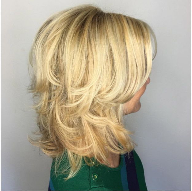 33 Best Hairstyles For Your 50s The Goddess Modern Hairstyles Mid Length Hair Medium Hair Styles