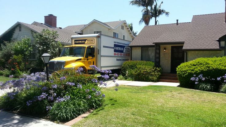 Fastruck Moving & Storage 5555 Harold Way Unit 102 Los Angeles, CA 90028 (323) 673-0022 http://www.fastruckmoving.com/los-angeles-movers/  Fastruck Moving & Storage is a professional moving service provider based in Los Angeles. We offer years of relocation experience at competitive rates. Fastruck provides local moving services, long distance relocation packages, commercial transfers, and simply labor only services such as packing & unpacking.