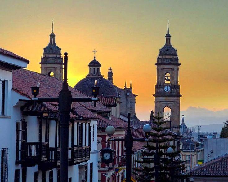 Colombia - Descubre La Candelaria, el barrio emblemático de la antigua Bogotá.