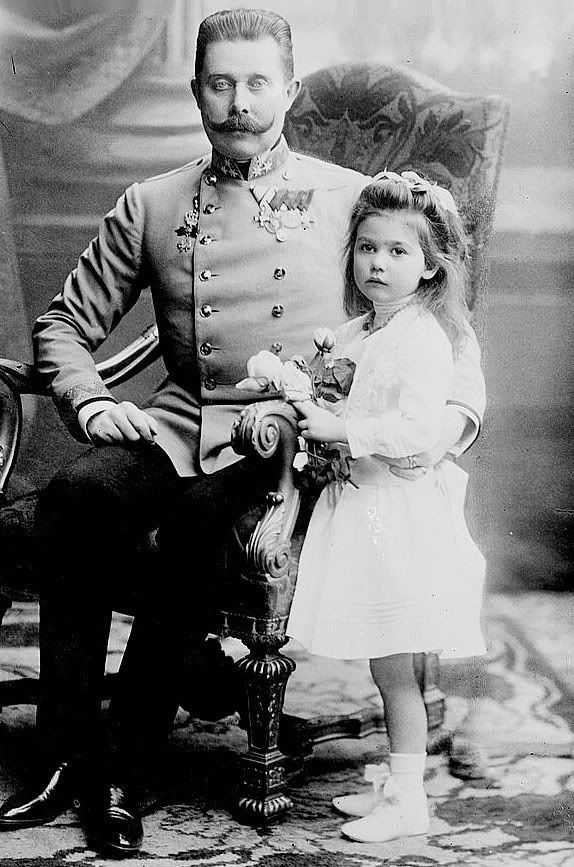 Archduke Franz Ferdinand and his daughter Sophie.