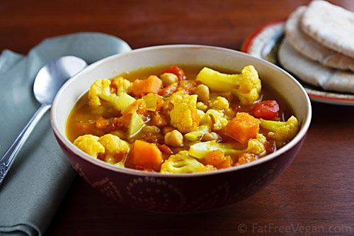 Curried Cauliflower and Sweet Potato SoupFatfr Vegan, Vegan Recipe, Food, Sweet Potato Soup, Curries Cauliflowers, Vegan Garlic Sweets Curries, Favorite Recipe, Sweets Potatoes Soup, Vegan Soup Recipe