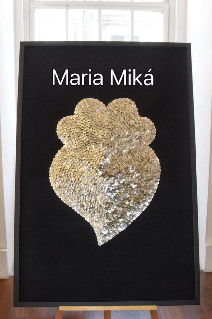 Quadro Coração de Viana com 1292 botões de madrepérola by Maria Miká