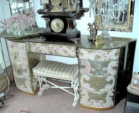 1000 Ideas About Mirror Desk On Pinterest Mirrored Vanity Table Mirrored Vanity And Mirrored