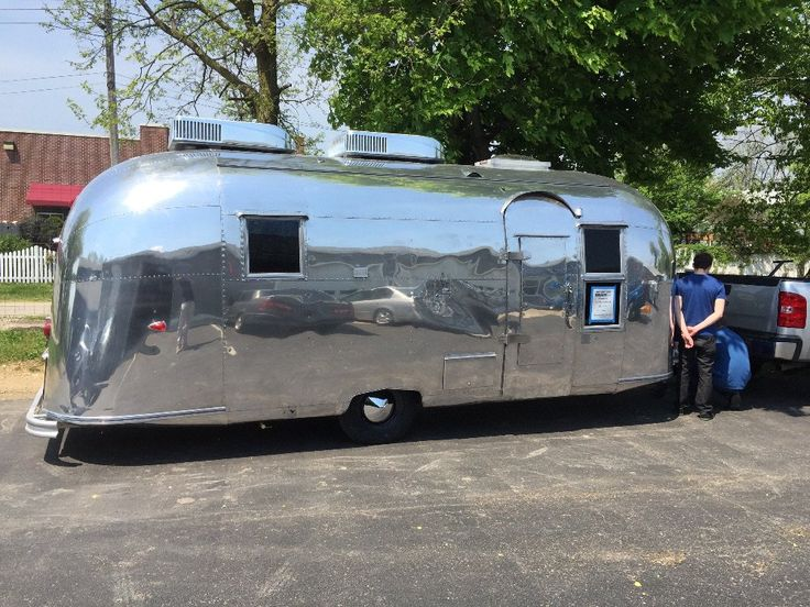 1959 Airstream Flying Cloud 22 - Indiana