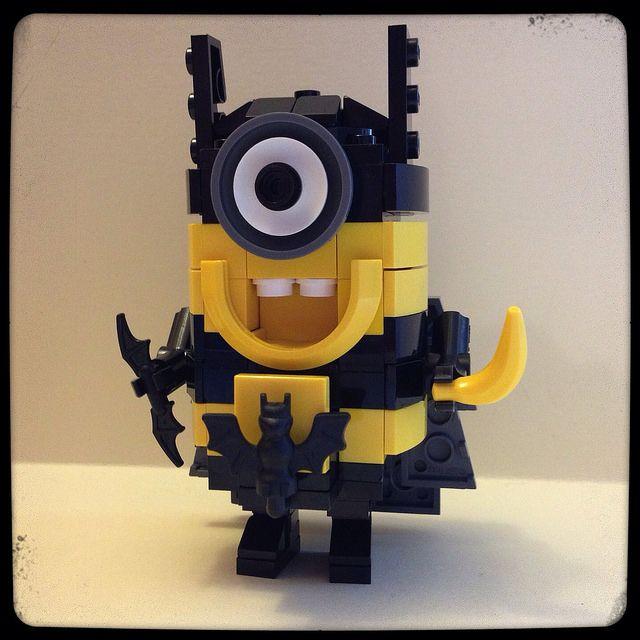Lego Superhero Batman Minion   Banana...POW!!!