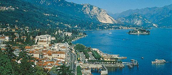 Die besten 25 stresa italy ideen auf pinterest for Stresa lake maggiore