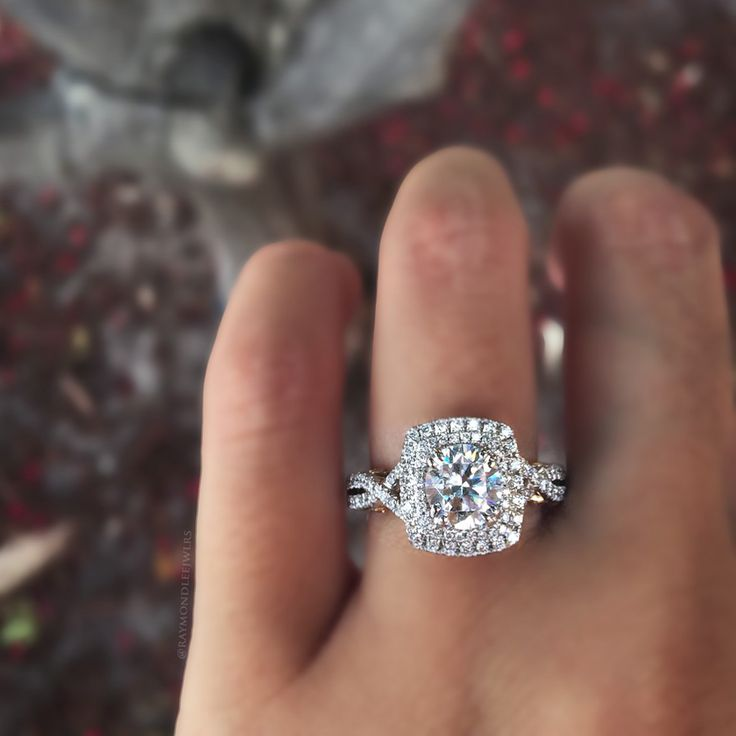 Verragio INS-7084CU-2T 0.55ctw Diamond Engagement Ring Mounting Find this Verragio INS-7084CU-2T 0.55ctw Diamond Engagement Ring Mounting at Raymond Lee Jewelers in Boca Raton — Palm Beach Co…