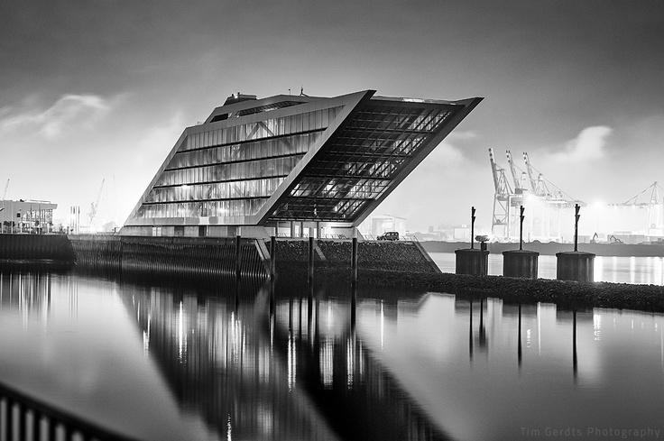 Dockland Hamburg Germany }-> repinned by www.BlickeDeeler.de