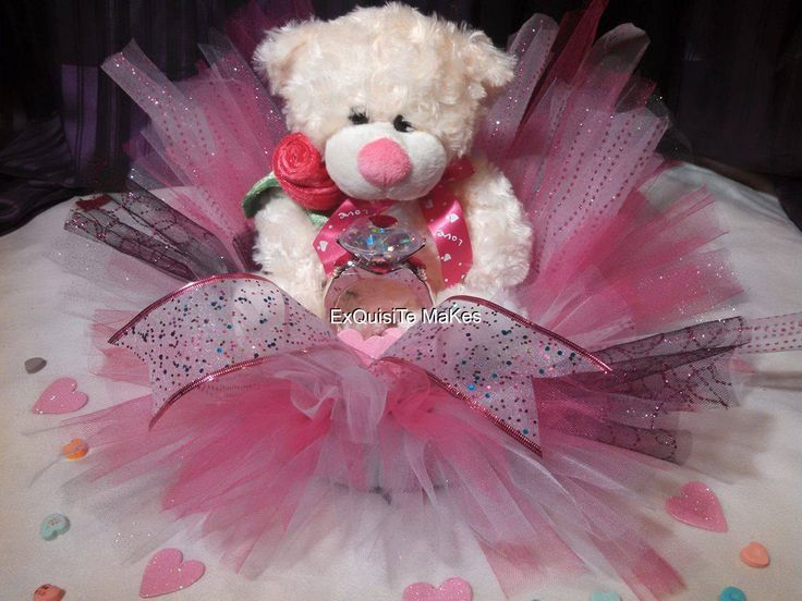 "Tulle TEADY bear/Ring Valentine Exspresion GIFT! 10"" foam wreath bottom Pink/White/Black tulle Special unique gift idea! by ExQuisiTeMakEs on Etsy"