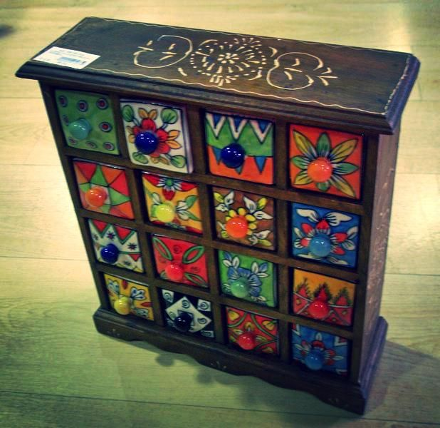 17 mejores ideas sobre cajas de madera pintada en for Muebles de mimbre pintados