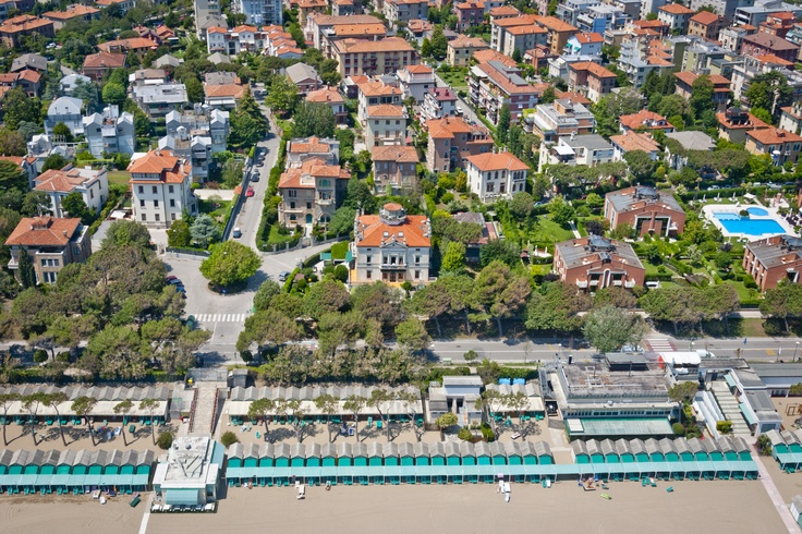 """Lido di Venezia - Italy: the typical and nice quarter of the island in Liberty style with its beach. The historycal Villa Asta (1928) in front, now a nice Bed and Breakfast """"Villa Gabriella"""". http://www.villagabriella.net."""