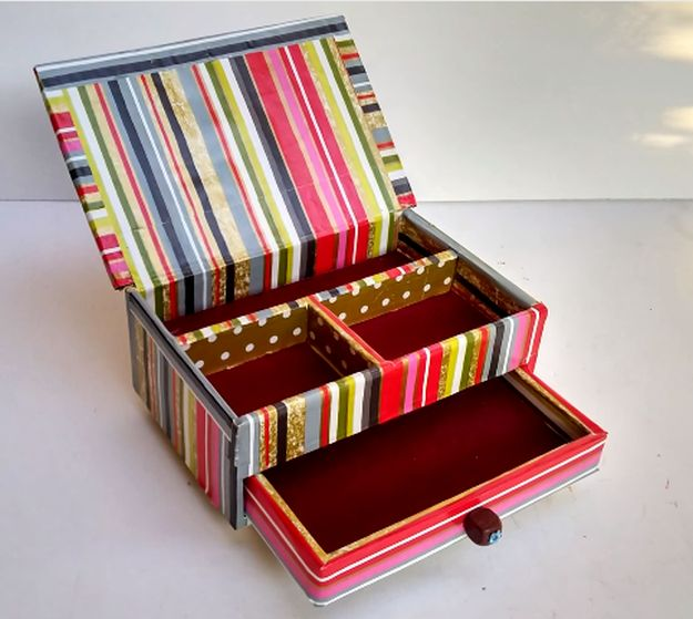 How to Build a Jewelry Box | DIY Cardboard Jewelry Box Step by Step Tutorials with Pictures and Video, check it out at http://diyready.com/diy-cardboard-jewelry-box/